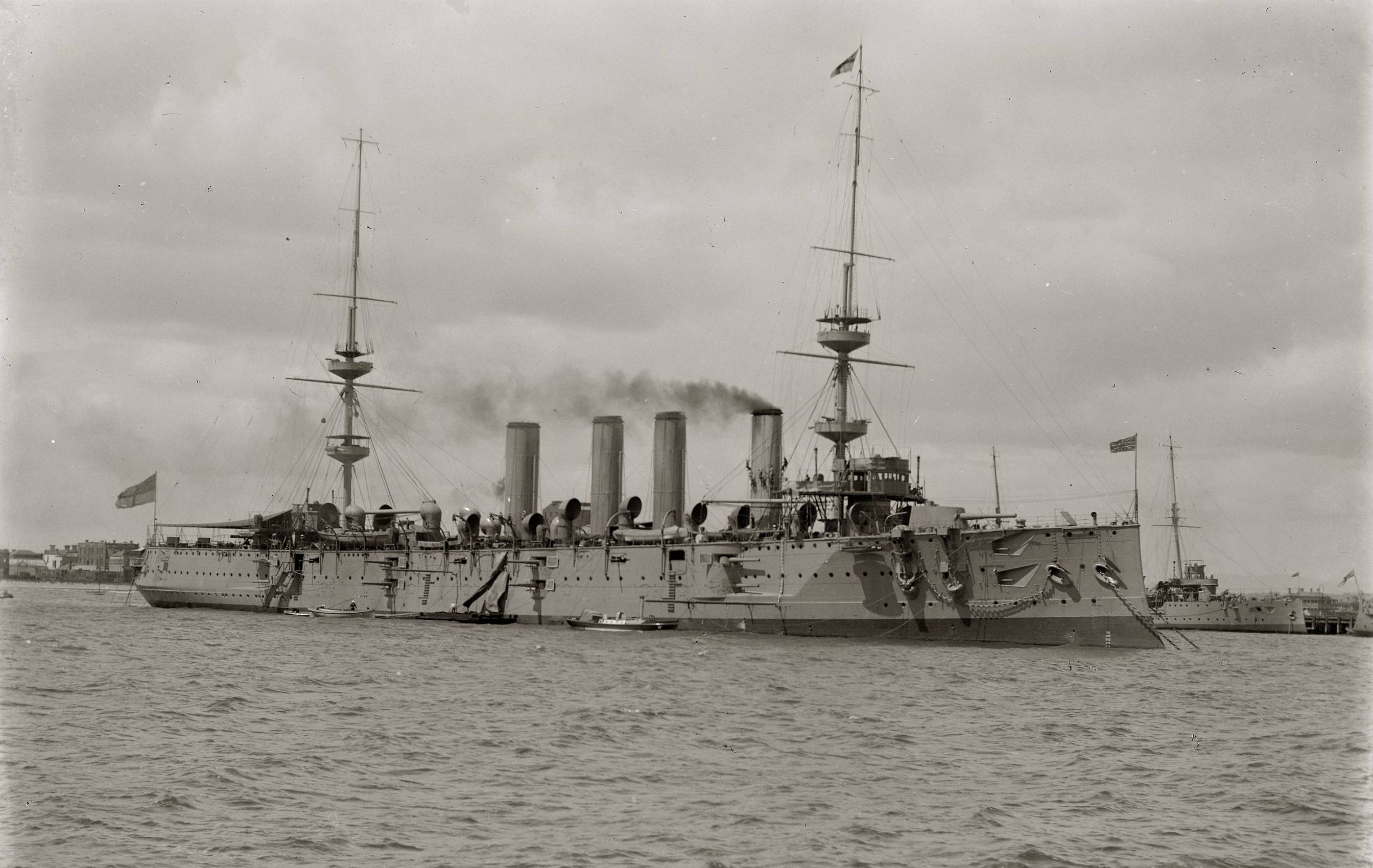 HMS Powerful, protected cruiser. Launched 1895.jpg