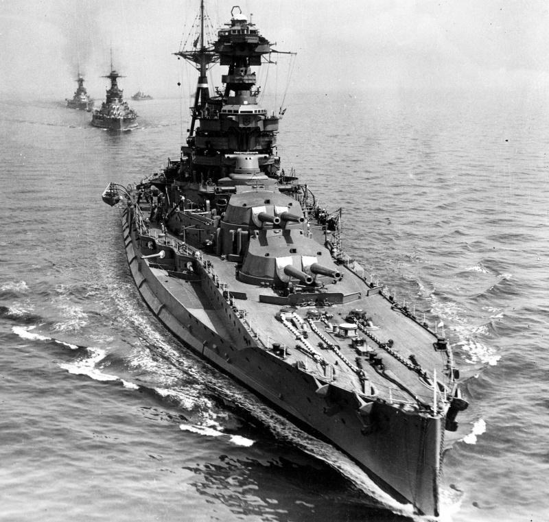 HMS ,, Barham,,.jpeg