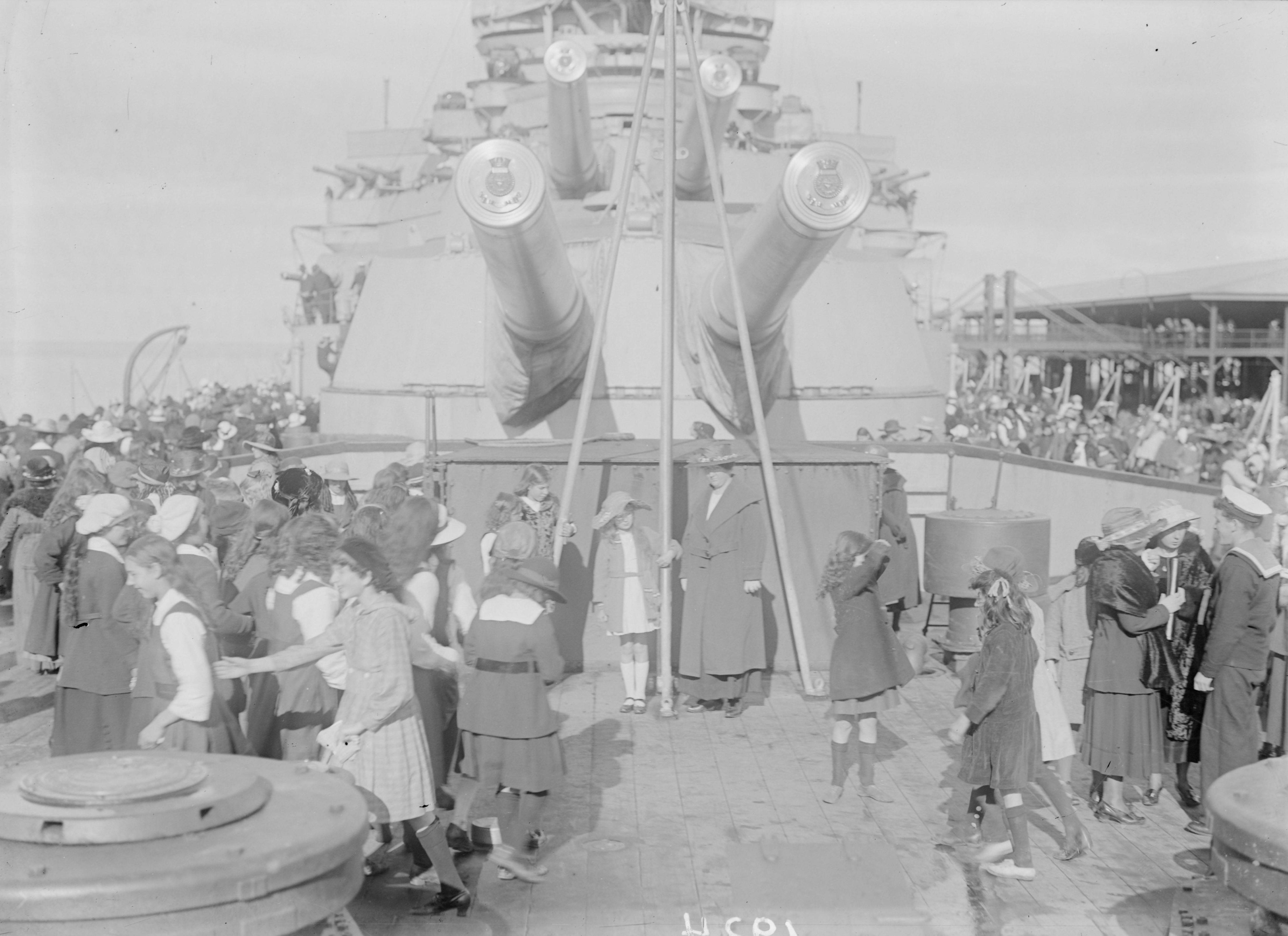 HMS Renown 3.jpg